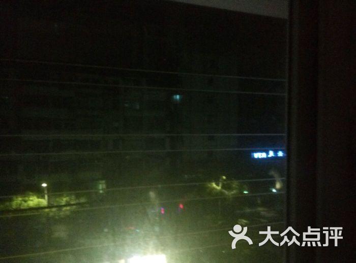 茵特拉根池畔别墅地址,电话,价格,预定 深圳酒店
