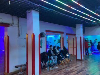 南昌市工人文化宫全健溜冰场