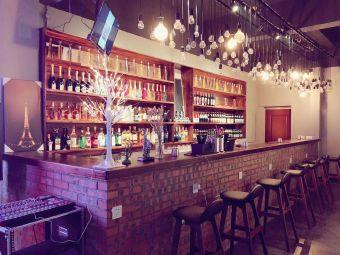 L&L Bar酒吧