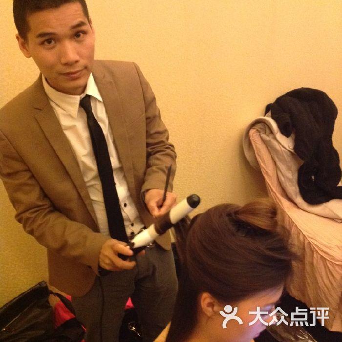 米洛护肤造型沙龙设计师周涛形象照图片-北京美发