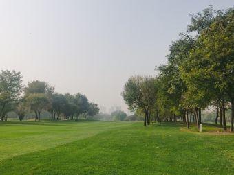 華納國際高爾夫俱樂部
