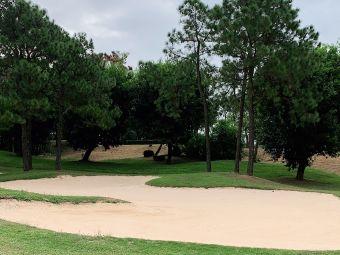 珠海高尔夫俱乐部