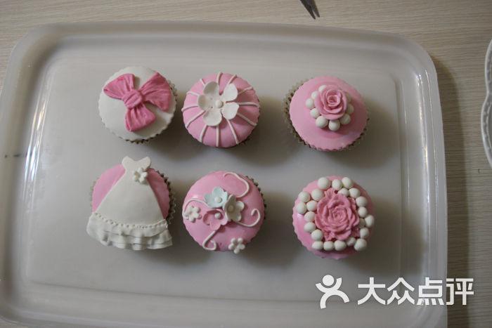 甜蜜蜜diy蛋糕店(鞍山西道店)翻糖杯子蛋糕图片 - 第6张