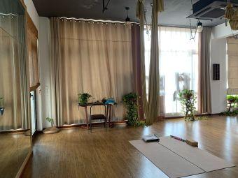 私享珈——私人定制瑜伽修复中心