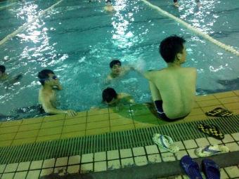五邑大学游泳池