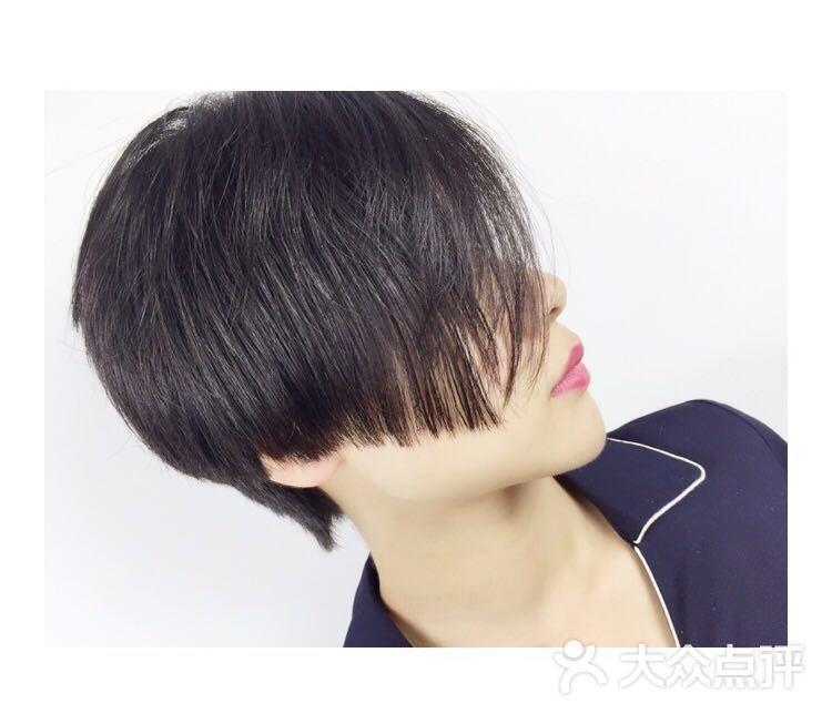 2020专属发型短发图片 - 第2张