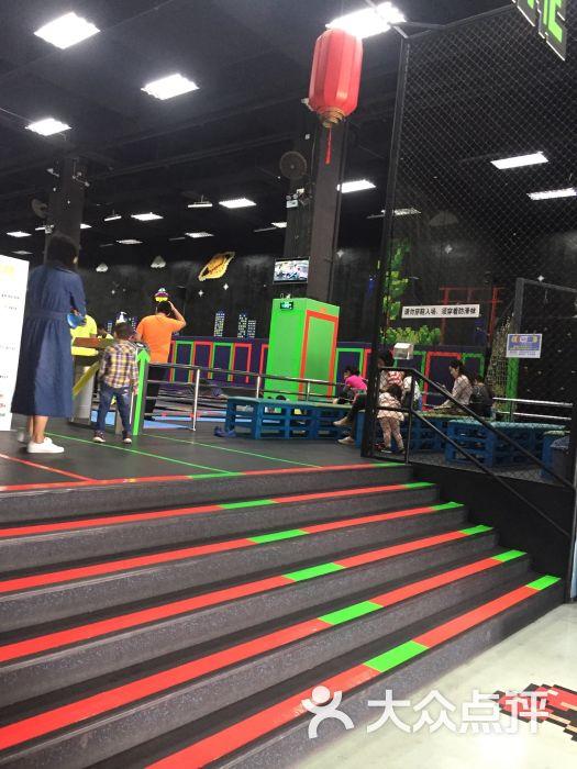 酷跳蹦床主题公园(南山店)图片 - 第1张图片