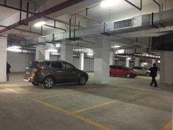 停车场(温泉支路)