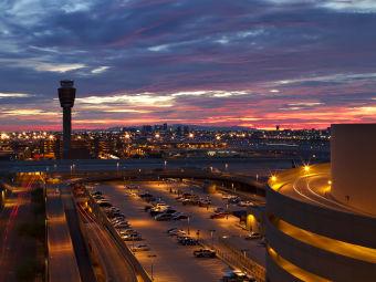 鳳凰城天港國際機場