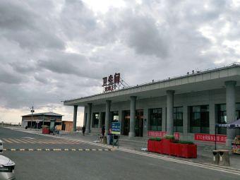 瓜州服务区-停车场