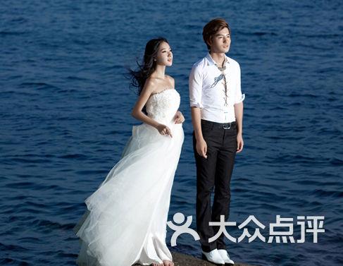 小白楼婚纱怎么样_小白楼婚纱摄影套系一份团购 上海拉手网