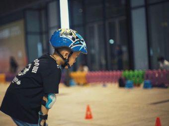 费斯国际轮滑体验馆(正方京城店)