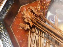 屋头串串香(北行店)的牛肉串