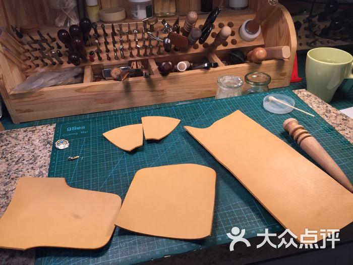 our custom手工皮具工作室图片 - 第5张