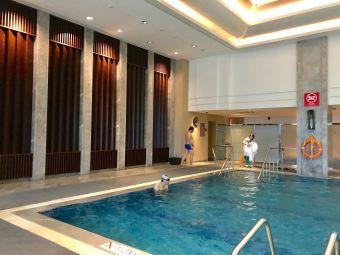 香格里拉大酒店·室内游泳池