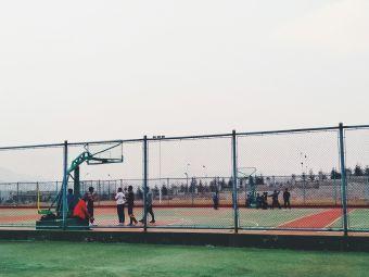 临沂临港经济开发区第一中学