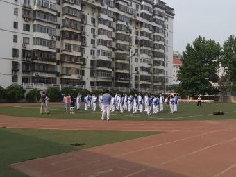 天津市第四十一中学(外国语学院分校)