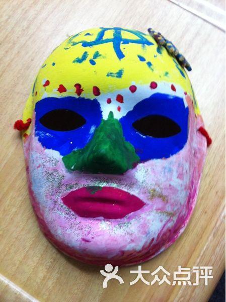 艺文美术 四岁小朋友的面具绘画图片 上海学习培训