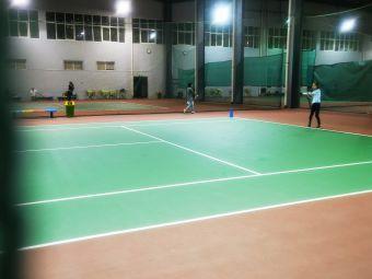 威特锐体育青少年网球俱乐部