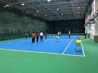 超越网球训练营