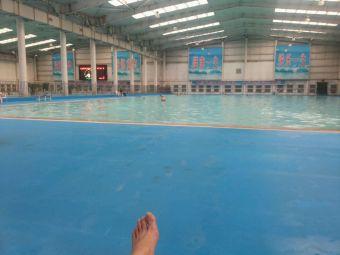 包钢游泳馆