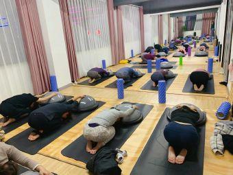 瑜悦瑜伽Yoga