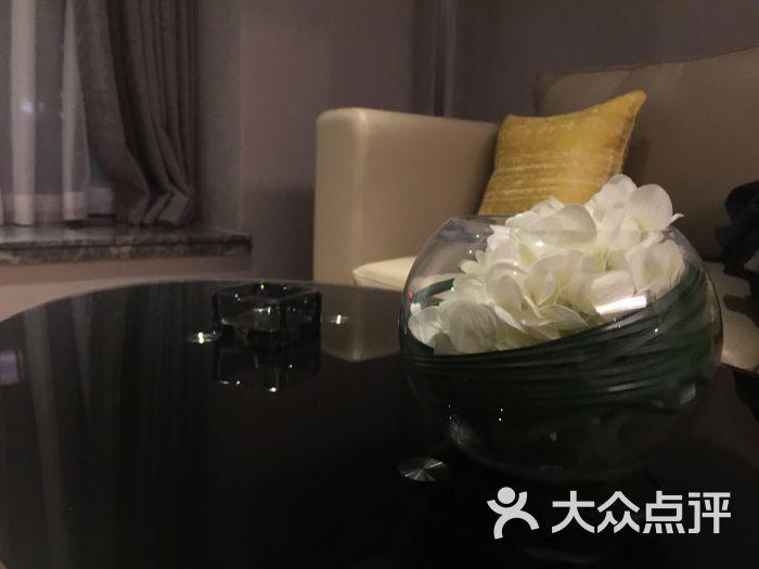 木莲庄酒店:位置就在中海国际对面,公司的协.成