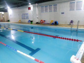 豚跃恒温游泳馆