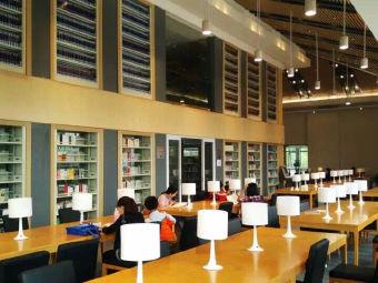 汤湖图书馆