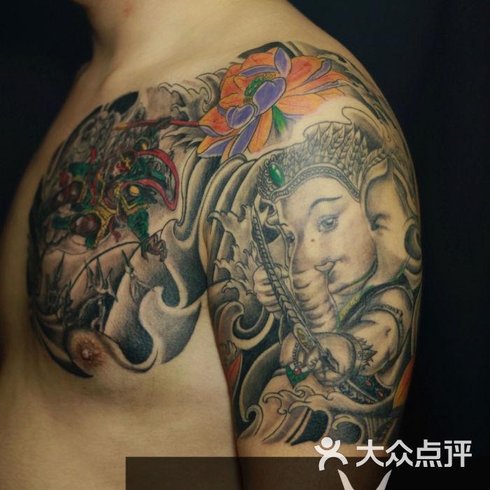 本栏目主要提供蚩尤纹身图案大全,蚩尤纹身图案手稿,蚩尤纹身图案图片