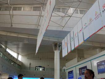 绵阳南郊机场停车场