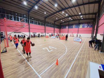 篮梦体育24曼巴室内篮球馆
