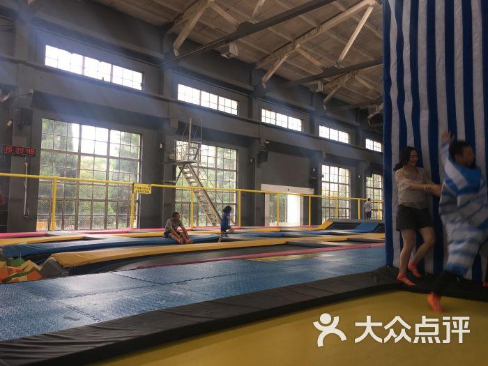 跃客蹦床公园jump land图片 - 第3张图片