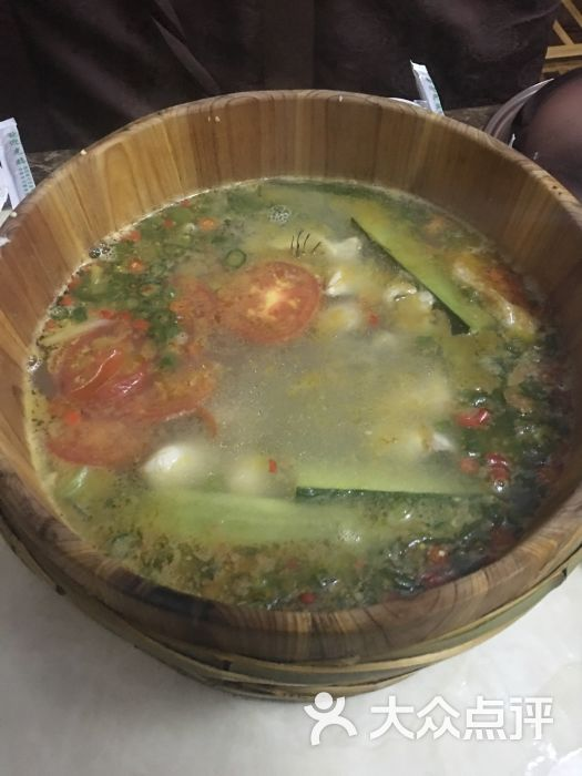 雅府正红木桶鱼(瑞云街店)-图片-蒙自市美食-大众