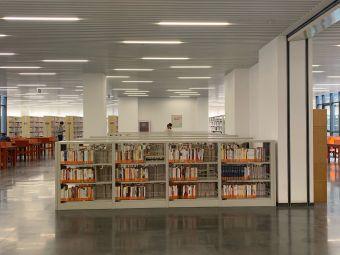 海河教育园区图书馆