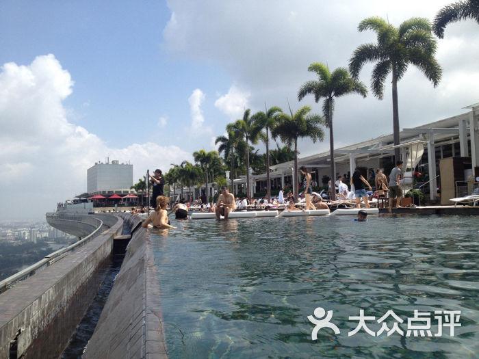花园 金沙酒店屋顶游泳池图片 新加坡景点