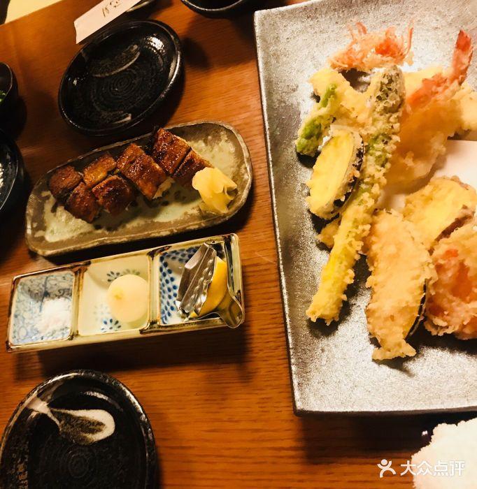 在名古屋参加了热田神宫的热田祭后,解锁了.美食店连城图片