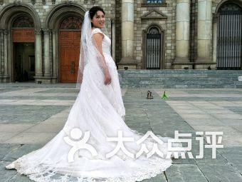济宁皇冠婚纱摄影官网_济宁学摄影的学校