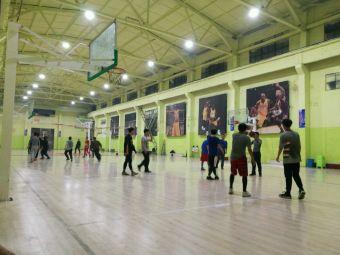 n°24篮球俱乐部