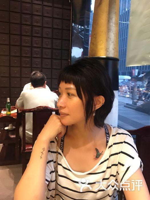 越域刺青徐家汇店(中国纹身名店)-锁骨-部位-锁骨图片
