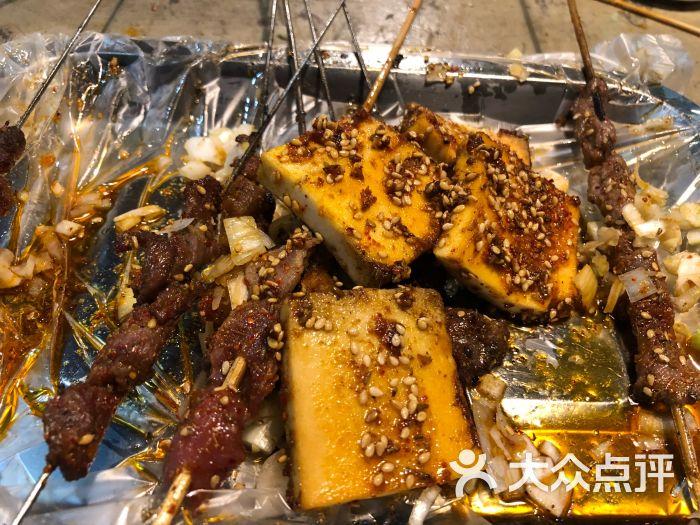 鹤小串鹤岗烧烤-图片-大连美食-大众点评网