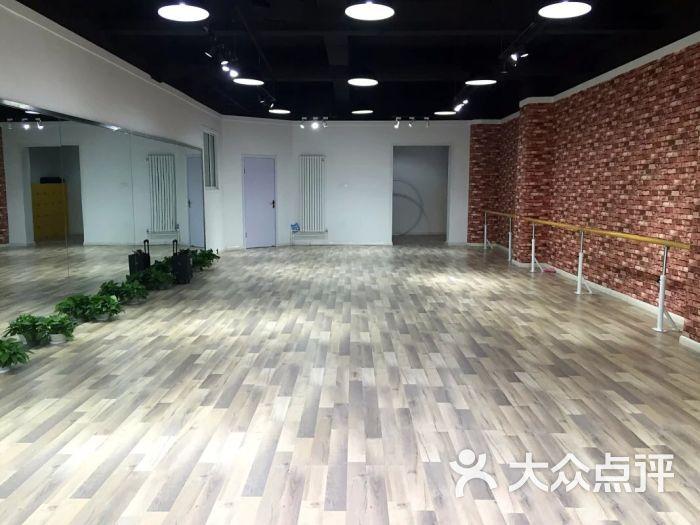 芒果艺术工作室-舞蹈教室图片-临汾教育培训-大众点评