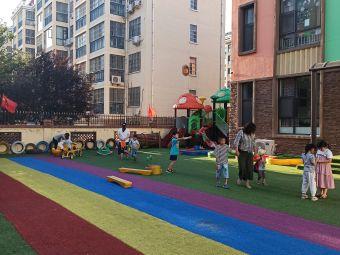 大拇指国际幼儿园(兰三中心校区)