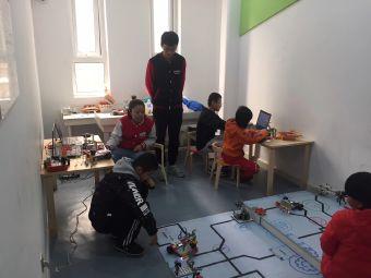 能力风暴机器人活动中心