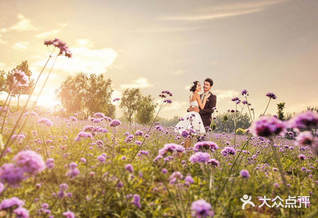 巴黎视觉婚纱摄影