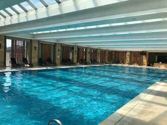 喜来登乌鲁木齐酒店游泳池