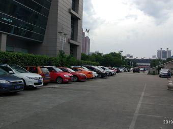 福建省奥林匹克体育中心A区-停车场