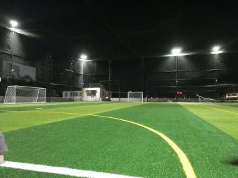 夏桂埔足球场