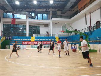 赢动体育篮球
