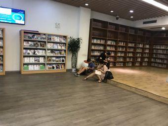 青岛市24小时智能自助图书馆